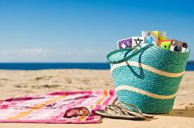 Vacances d'été: les Français pourront partir en juillet-août