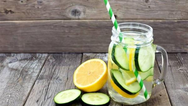 """عصير """"ماء الديتوكس"""" المنزلي له فوائد مذهلة"""