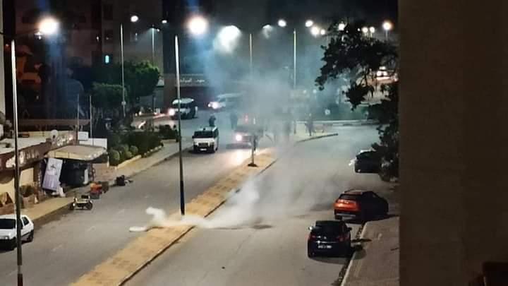 عاجل /كر وفر وغاز مسيل للدموع في المنستير (صور )