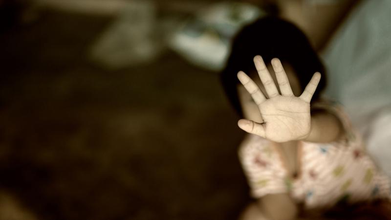 سوسة: كهل يعتدي على ابنته البالغة من العمر 9 سنوات