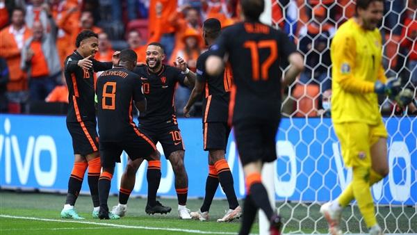 أورو 2021/هولندا في الدور الثاني بالعلامة الكاملة