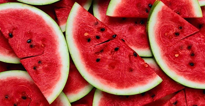 هذه الأطعمة تحميك من الجفاف في الصيف