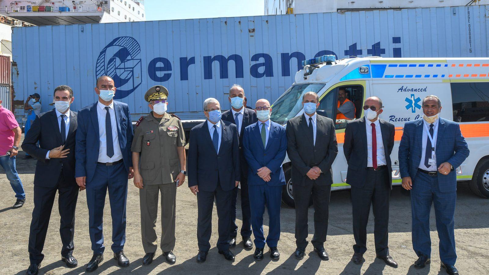 أكسجين وسيارة إسعاف متطورة من إيطاليا لتونس (صور)