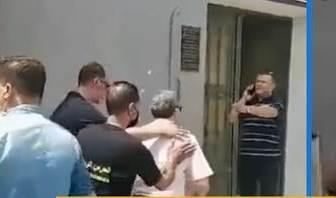 تم ضبطه بصدد إتلاف وثائق /القبض على رئيس بلدية هذه المدينة