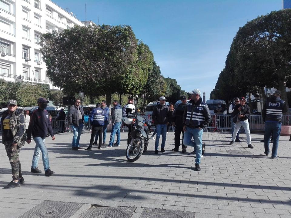 تعزيزات أمنية في شارع الحبيب بورقيبة بالعاصمة