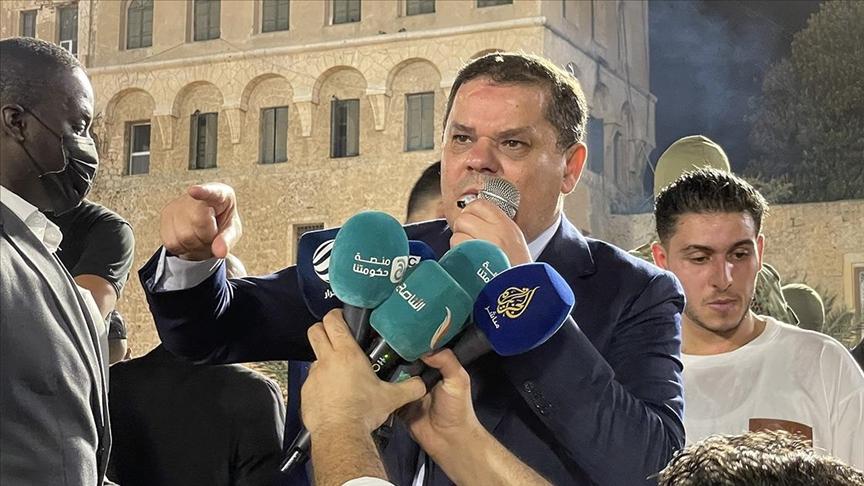 الدبيبة يرفض قرار البرلمان ويستنجد بالشارع